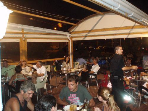 Restaurante club nautico zaragoza stunning restaurante casa montaes zaragoza with restaurante - Club nautico zaragoza ...